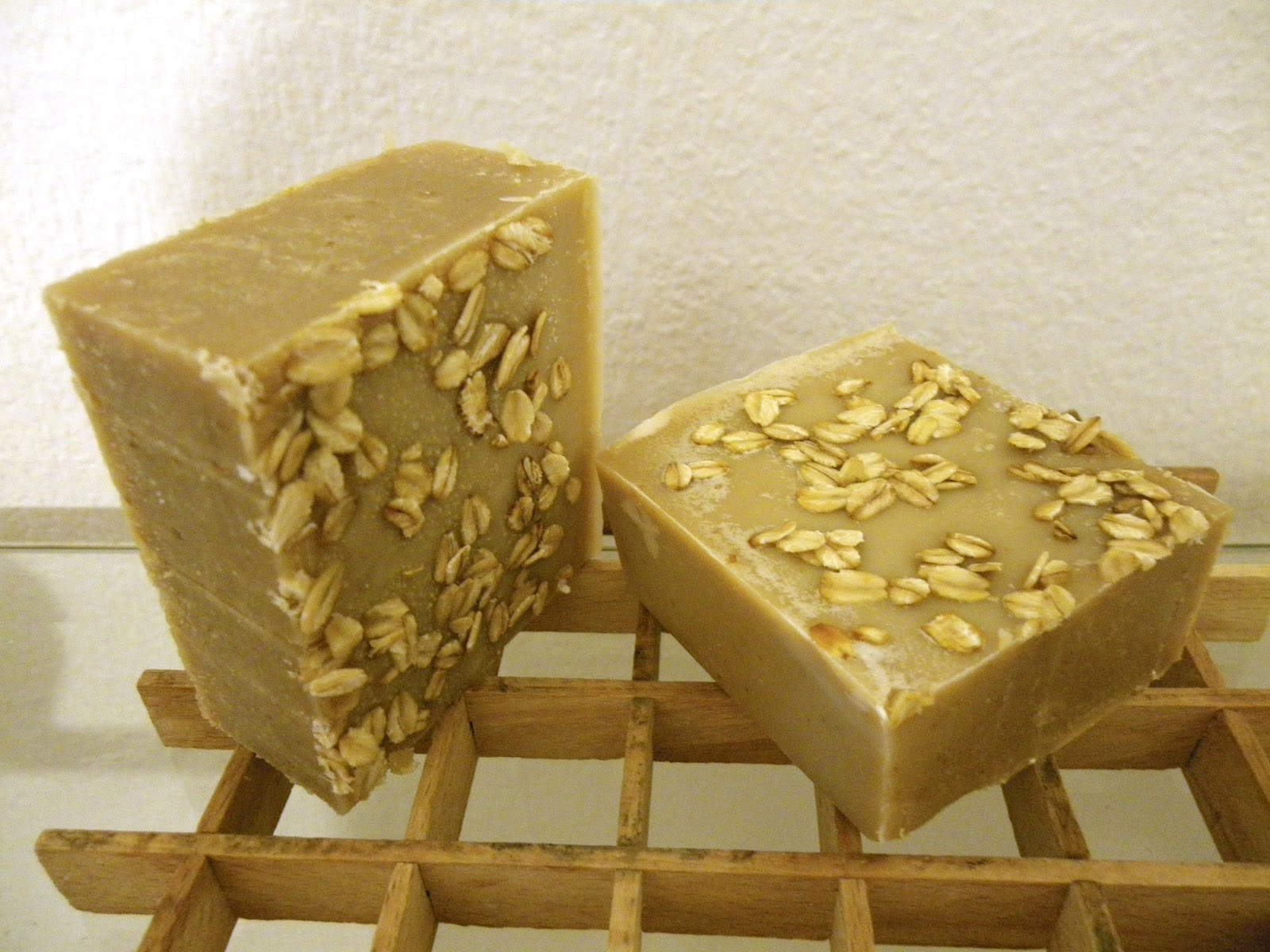 Oatmeal whey and honey soap